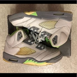 "2006 Jordan V ""Green Bean"" sz. 8.5"